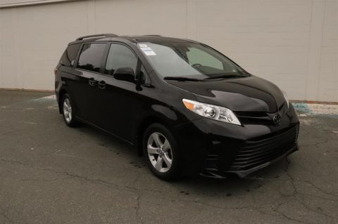 Pre-Owned 2020 Toyota Sienna CE Front Wheel Drive Minivan